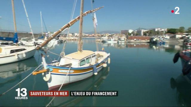 Sauveteurs en mer : une taxe plaisancier pour financer la SNSM ?