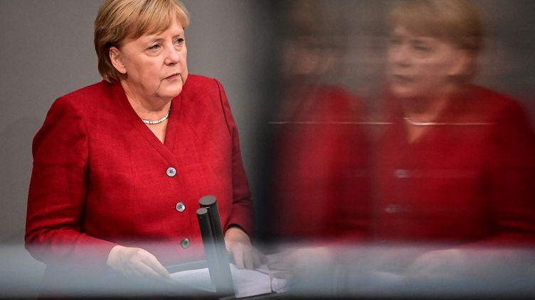 La chancelière allemande Angela Merkel lors d'un débat au Bundestag à Berlin (Allemagne), le 25 août 2021. (TOBIAS SCHWARZ / AFP)