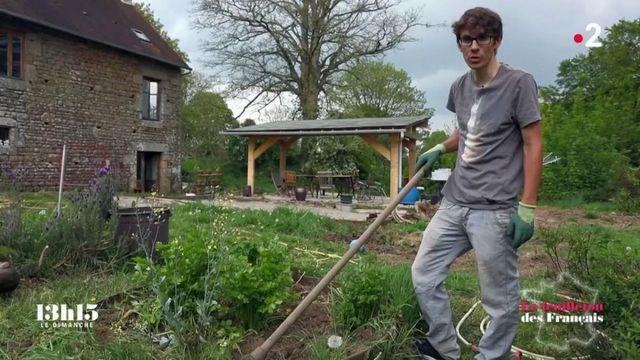 """VIDEO. """"Je pense qu'Epicure peut être utile aujourd'hui"""" : une petite leçon de philosophie du cycliste Guillaume Martin qui aime cultiver son jardin"""