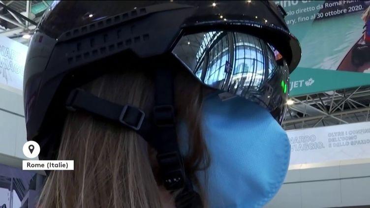 Un casque à vision infrarouge (FRANCEINFO)