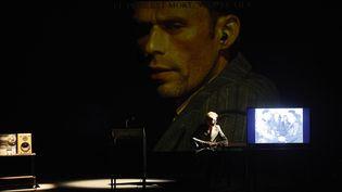 """""""Le Sec et l'humide"""", une adaptation de Guy Cassiers  (Christophe Raynaud de Lage/Festival d'Avignon)"""