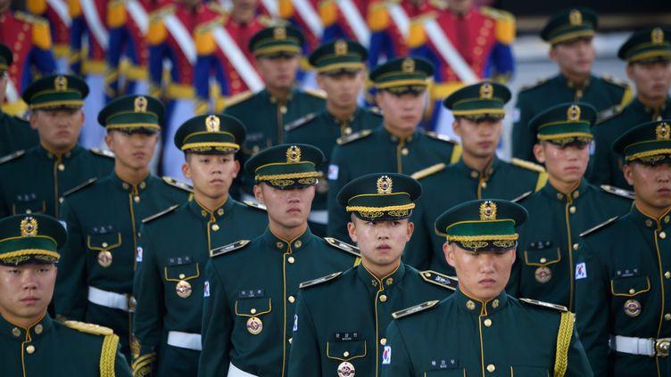 Des soldats de l'armée sud-coréenne, le 28 septembre 2018. (ED JONES / AFP)