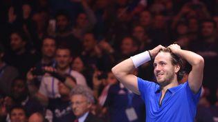 Le joueur français Lucas Pouille après sa victoire en Coupe Davis, le 26 novembre 2017 à Lille. (PHILIPPE HUGUEN / AFP)