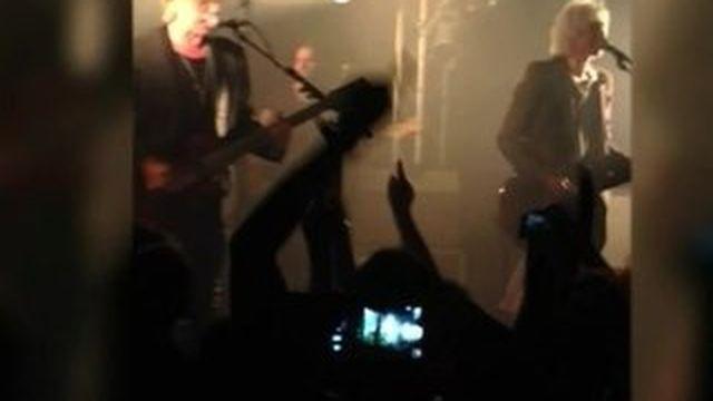 Le groupe Téléphone de retour sur scène