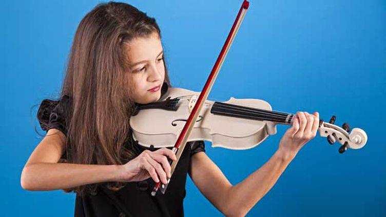 (Selon cette étude, les musiciens ont de meilleurs résultats aux tests cognitifs mesurant la fonction exécutive © Helder Almeida - Fotolia.com)