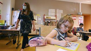 Dans une école de Strasbourg, certains enfants ont repris dès le mois de juin. (FREDERICK FLORIN / AFP)