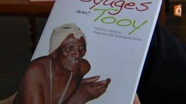 « Voyage avec Toy » un livre sur les Saramaka de Richard Price  (Culturebox)