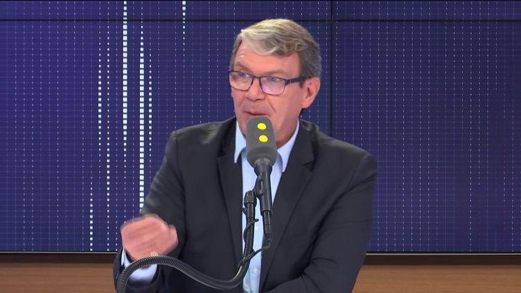 """Roger Genet, directeur général de l'Anses, invité du """"8.30 franceinfo"""", lundi 23 septembre 2019. (FRANCEINFO / RADIOFRANCE)"""