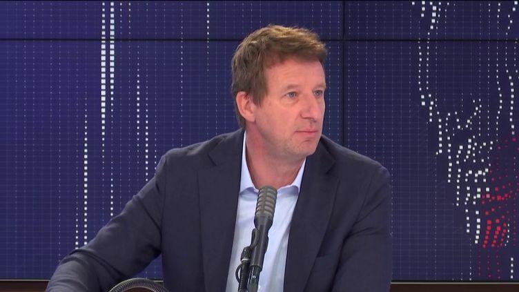 """Yannick Jadot, député européen Europe Écologie-Les Verts était l'invité du """"8h30 franceinfo"""", jeudi 25 juin 2020. (FRANCEINFO / RADIOFRANCE)"""