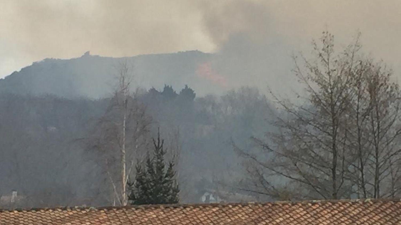 Incendies au Pays basque : deux foyers sous contrôle, des coupures de courant toujours en cours - franceinfo