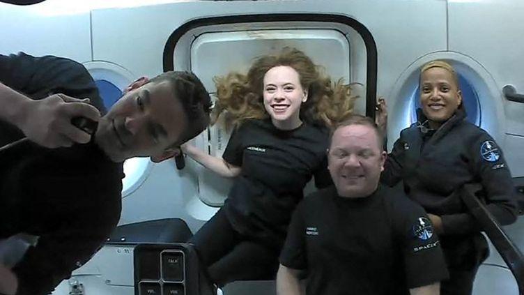 Les quatre passagers de la mission Inspiration4, le 16 septembre 2021. (HANDOUT / INSPIRATION4)