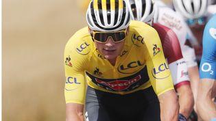 Mathieu van der Poel lors de la 7e étape du Tour de France 2021. (GUILLAUME HORCAJUELO / EPA / AFP)
