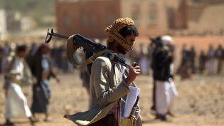 UnYéménite armé, le 21 février 2019 à Sanaa. (MOHAMMED HUWAIS / AFP)