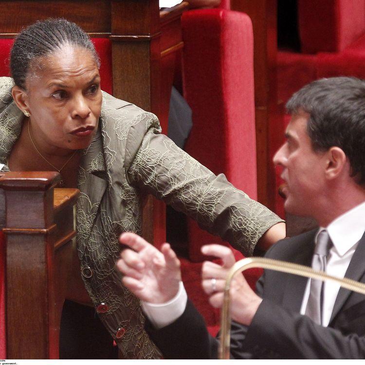 La ministre de la Justice, Christiane Taubira, et le ministre de l'Intérieur, Manuel Valls, lors d'une séance de questions au gouvernement, le 11 septembre 2012 à l'Assemblée nationale. (CHESNOT /SIPA)