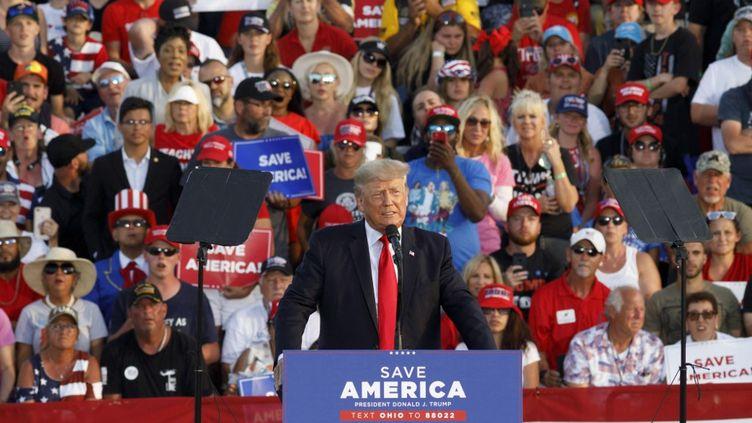 L'ancien président Donald Trump lors d'un meeting dans l'Ohio (Etats-Unis), le 26 juin 2021. (STEPHEN ZENNER / AFP)