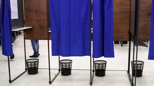 Un bureau de vote à Lille (CITIZENSIDE/THIERRY THOREL / CITIZENSIDE)