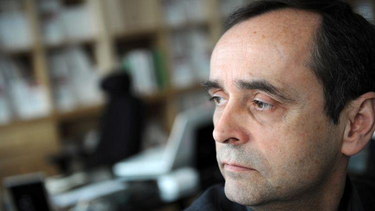 Robert Ménard, ancien secrétaire général de Reporters sans frontières (RSF), à Paris, le 8 avril 2011. (FRANCK FIFE / AFP)