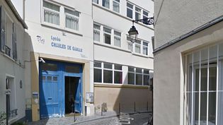 Le lycée Charles-de-Gaulle, devant lequel le lycéen a été poignardé. (Google Street View)