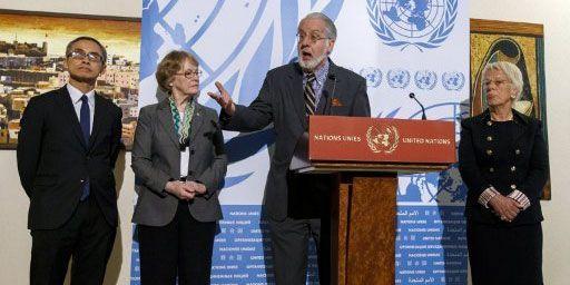 Les représentants de la Commission d'enquête del'ONU sur la Syrie à Genève, le 25 octobre 2012. De gauche à droite,Vitit Muntarbhorn,Karen Koning AbuZayd,Paulo Pinheiro, Carla del Ponte. (AFP PHOTO / FABRICE COFFRINI)