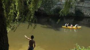 France 2 vous propose cette semaine des balades au fil de l'eau au sein des plus belles rivières. Il est temps de partir à la découverte de la vallée de la Vézère. (FRANCE 2)