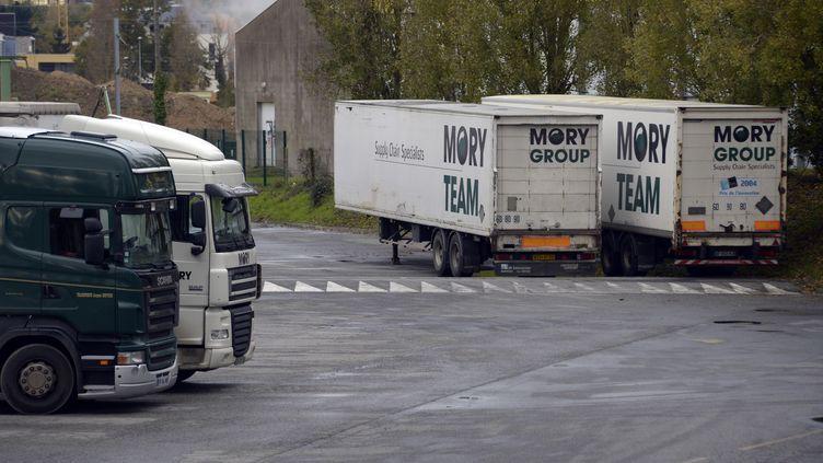 Des véhicules duMory Ducros, le 22 novembre 2013, à Rennes (Ille-et-Vilaine). (DAMIEN MEYER / AFP)