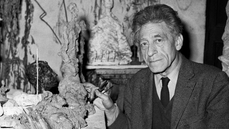 Alberto Giacometti dans son atelier du XIVeme arrondissement parisien le 3 décembre 1965  (UNIVERSAL PHOTO/SIPA)