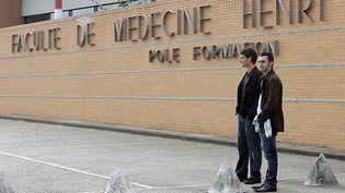 La faculté de Médecine de l'université de Lille suspend sa formation en homéopathie en attendant l'avis de la Haute autorité de santé sur la pratique. (PHILIPPE HUGUEN / AFP)