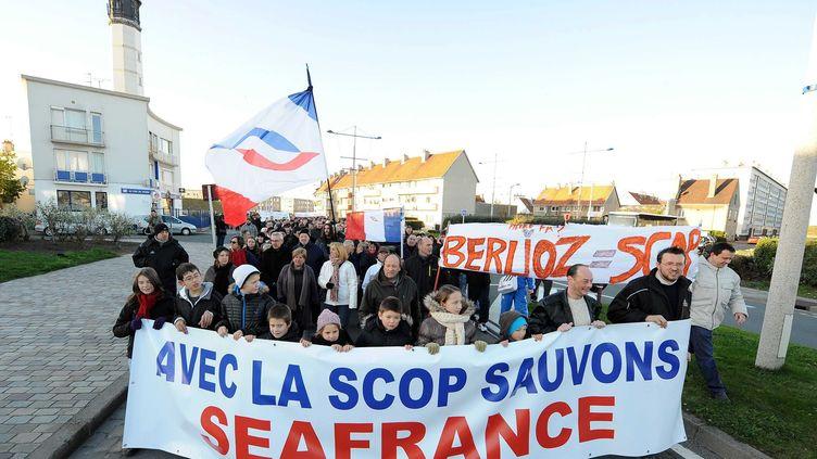 Manifestation le 10 décembre 2011dans les rues de Calais (Pas-de-Calais) pour défendre le projet de coopérative pour la reprise de SeaFrance. (G DROLLET / LA VOIX DU NORD / MAXPPP)