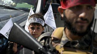 Des talibans armés à Kaboul (Afghanistan), le 9 septembre 2021. (WAKIL KOHSAR / AFP)