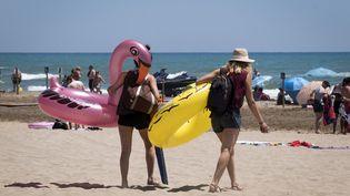 Les bouées géantes, nouvelles stars sur la plage cet été. (Illustration) (ERIC CABANIS / AFP)