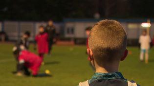 Violences sexuelles dans le sport : une ligue de football teste les contrôles d'honorabilité (FRANCE 2)