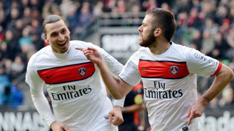 Jérémy Menez et Zlatan Ibrahimovic (PSG) (DAMIEN MEYER / AFP)