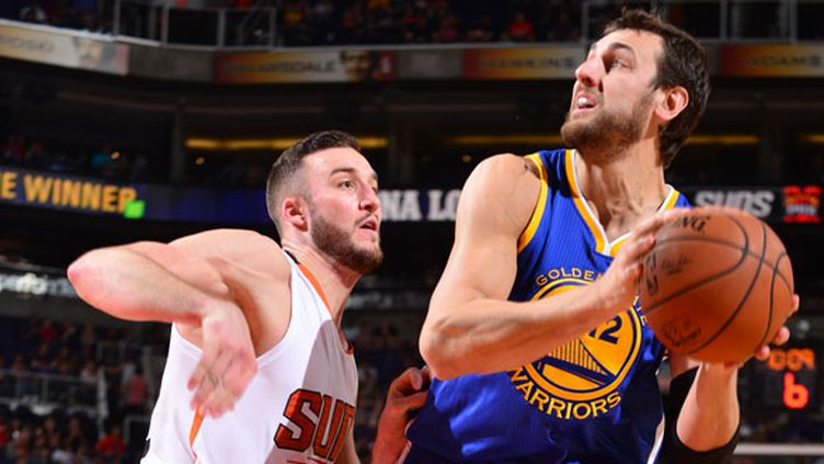 Andrew Bogut vers Cleveland... (BARRY GOSSAGE / NBAE / GETTY IMAGES)