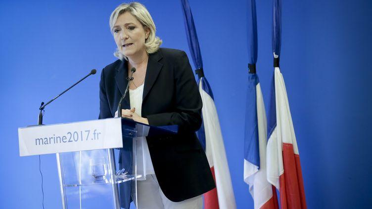 Marine Le Pen s'exprime au siège du FN à Nanterre (Hauts-de-Seine), le 16 juillet 2016. (MAXPPP)