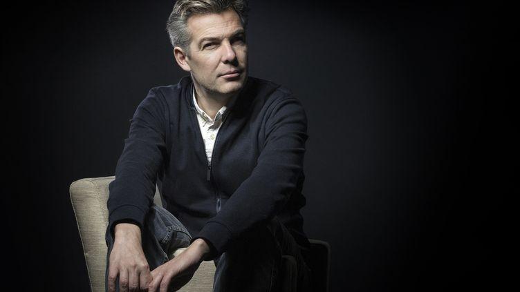 Le romancier Tanguy Viel, le 11 janvier 2017 à Paris (JOEL SAGET / AFP)