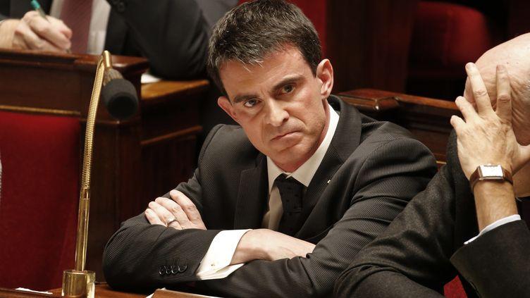 Le Premier ministre, Manuel Valls, le 10 février 2015, à l'Assemblée nationale, à Paris. (CHARLES PLATIAU / REUTERS)