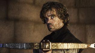 Peter Dinklage, qui s'alarme de l'abandon des chiens huskies, est Tyrion Lannister dans la série Game of Thrones de HBO.  (HBO / Archives du 7eme Art / Photo12)