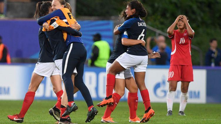 L'équipe de France féminines U20 s'est qualifiée pour les demi-finales du Mondial.  (FRED TANNEAU / AFP)