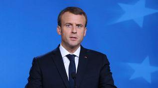Emmanuel Macron lors d'une conférence de presse à Bruxelles, le 20 octobre 2017. (DURSUN AYDEMIR / ANADOLU AGENCY / AFP)