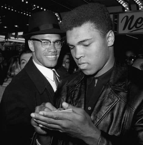 Mohamed Ali aux côtés de Malcolm X, à New York