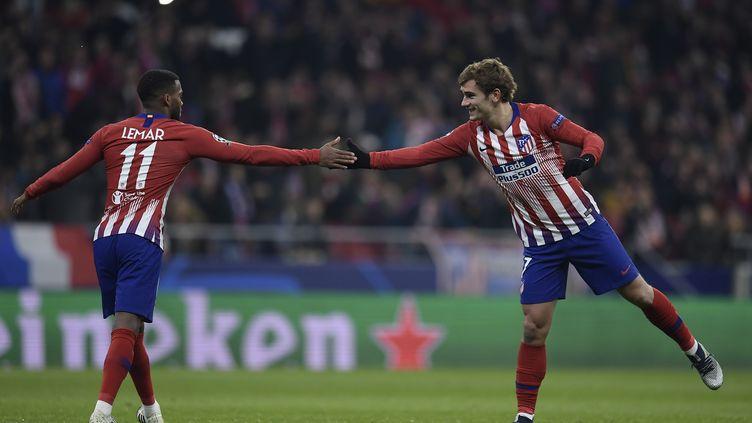 Thomas Lemar et Antoine Griezmann (Atlético de Madrid) (OSCAR DEL POZO / AFP)
