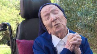 D'une longévité exceptionnelle après avoir traversé les épreuves du XXe et du début du XXIe siècle, sœur André fête jeudi 11 février 2021 ses 117 ans. (France 3)