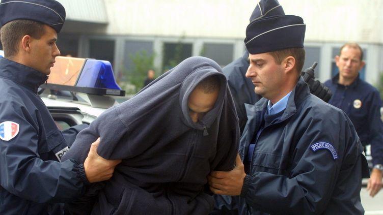 Sofiane Hambli, le 19 novembre 2012, devant le tribunal de Mulhouse (Haut-Rhin). (MAXPPP)