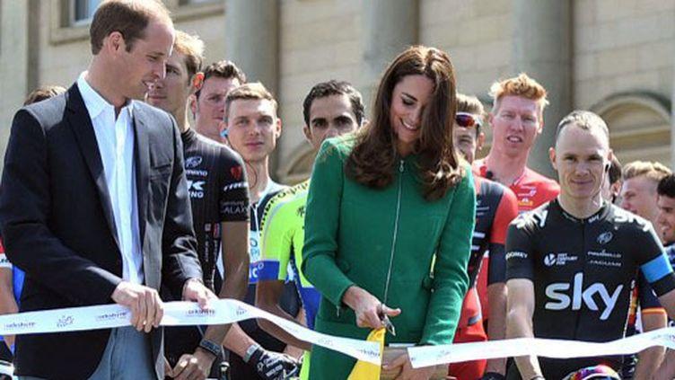 La Princesse Kate a coupé le ruban pour le lancement du  Tour de France à Leeds (ERIC FEFERBERG / AFP)