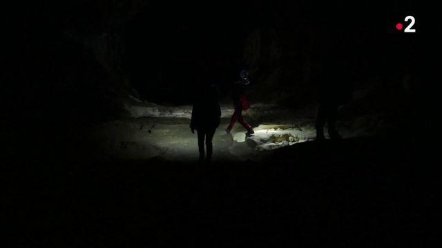 Ariège : une expédition scientifique sous terre, pour déterminer les effets d'un confinement extrême