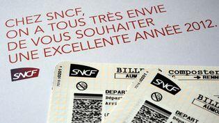 Des billets de train SNCF. (DAMIEN MEYER / AFP)