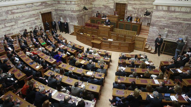 Le premier ministre grec George Papandréou s'adresse au groupe socialiste, au Parlement d'Athènes, le 31 octobre 2011. (JOHN KOLESIDIS / REUTERS)