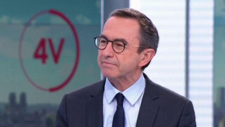"""Rixes entre mineurs : pour Bruno Retailleau, """"la réponse pénale doit être la solution"""" (FRANCE 2)"""