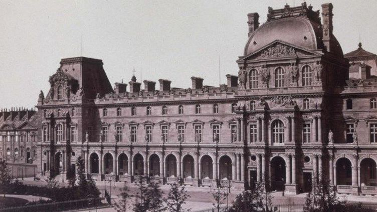 Edouard Baldus (1813-1889) - Le Nouveau Louvre Place Napoleon 1852-1858  (Photosvintages / Photo12)