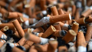 Le tarif de certaines références augmente à nouveau, lundi20 août : il faudra débourserentre 7,60 euros et 9,30 eurospour un paquet de 20 cigarettes. (PIERRE ROUANET / MAXPPP)